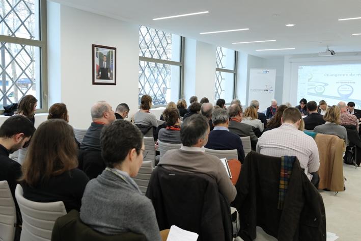La RSE et au-delà : questionner la stratégie, la gouvernance et le management