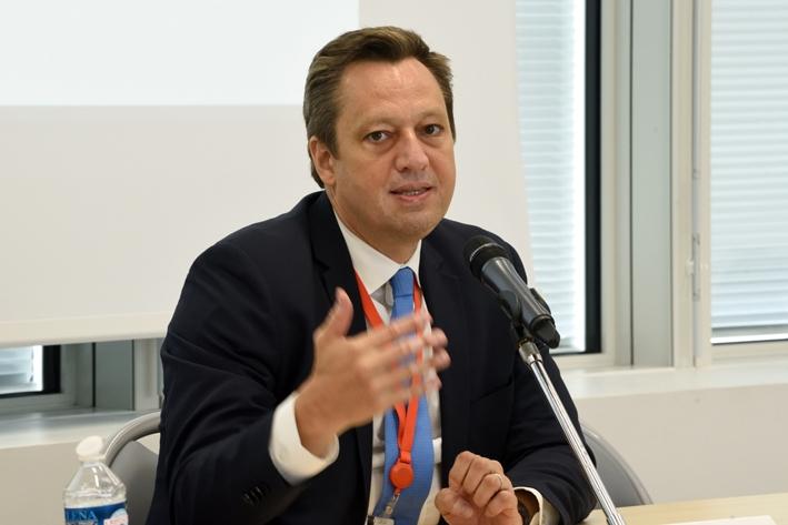 """Présentation du rapport du FMI """"Rapport sur la stabilité financière mondiale : des turbulences à venir"""""""