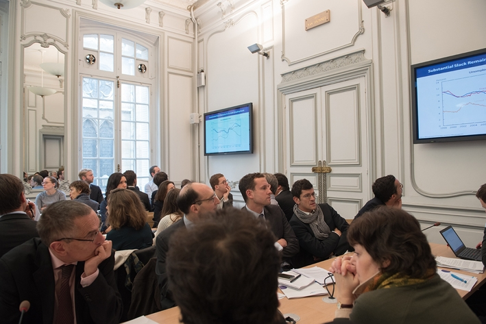 Débat - The New View of Fiscal Policy and Its Application