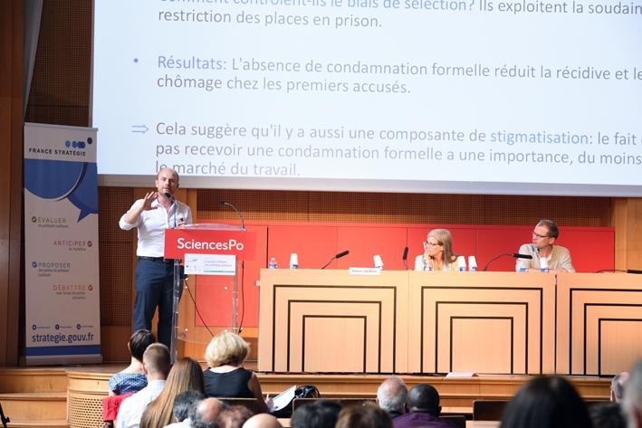 Quelles diffusion et influence des évaluations ? Le cas des politiques pénales et carcérales