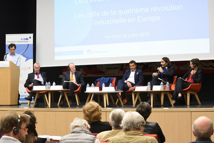 Le travail à l'ère du digital : les défis de la quatrième révolution industrielle en Europe