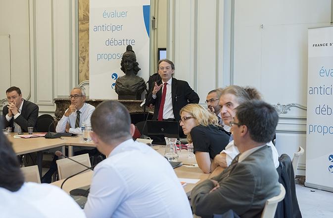 Débat sur les jeunes génération en France