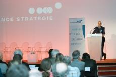 """Jean Pisani-Ferry lors de la remise du rapport """"Quelle action publique pour demain ?"""""""