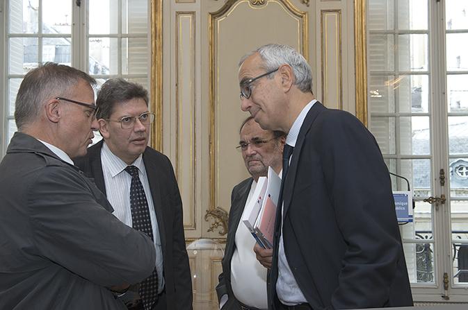Jean Pisani-Ferry, Dominique Auverlot et Jean Bergougnoux