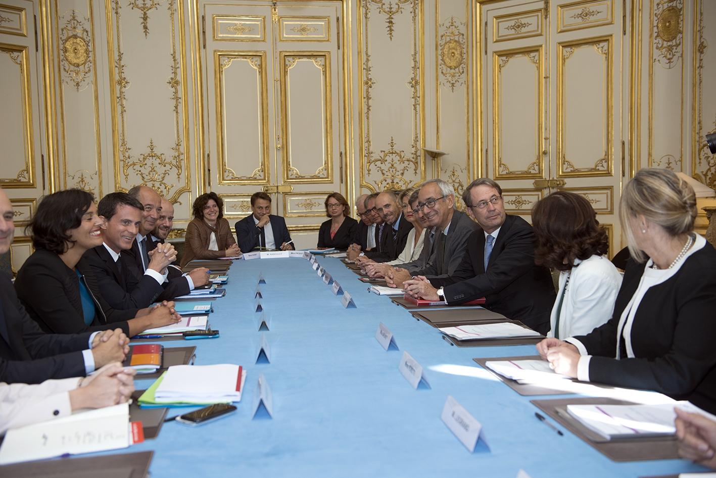 Remise du rapport de Jean-Denis Combrexelle