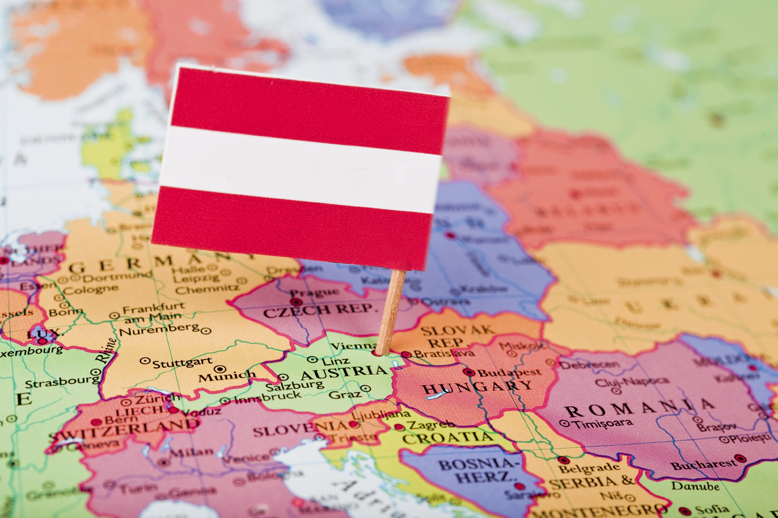 A labour economics point of view on the Austrian reform process. A report on Austria by Synthesis Research in collaboration with the Federal Ministry of Economics and Labour.
