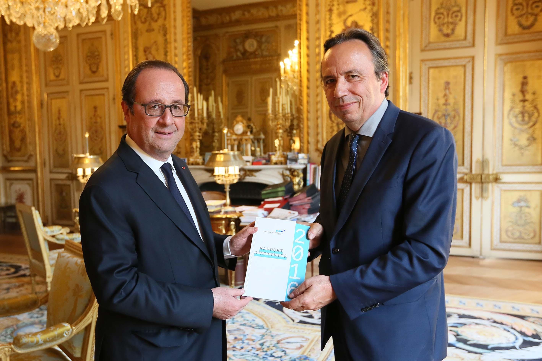 Michel Yahiel a remis le rapport d'activité 2016 au président de la République