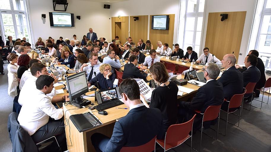 reunion-de-la-commission-des-affaires-economiques.jpg